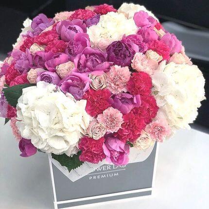 Цветы в кубе «Вдохновение»