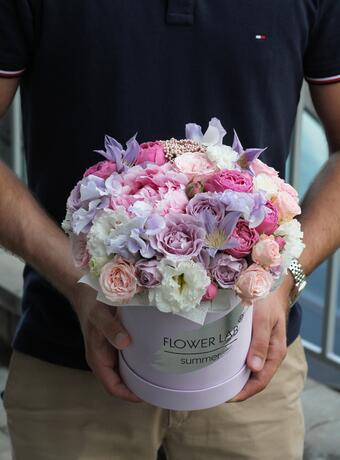 Цветы в коробке «Ванесса»